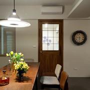 别墅简约风格原木餐桌装饰