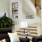 欧式风格简约别墅楼梯装饰
