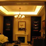 欧式暖色系客厅吊顶灯饰装饰