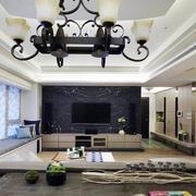 三室两厅简约风格客厅灯饰装饰