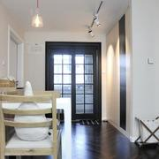 两室一厅简约风格玄关吊顶装饰