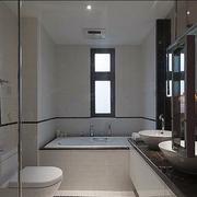 老房简约卫生间浴缸装饰