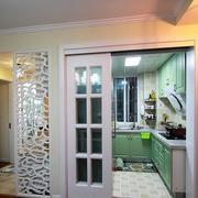 小户型简约风格厨房推拉门装饰