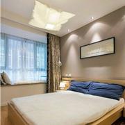 简约风格卧室床头装饰