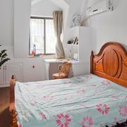 跃层简约美式卧室装饰