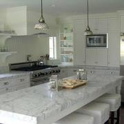 美式简约风格厨房大理石吧台设计