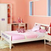 粉色系儿童房装饰