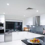 后现代风格简约厨房设计