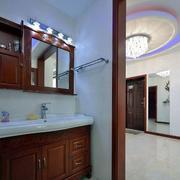 三室一厅中式风格门饰设计