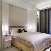 别墅简约风格卧室床头装饰