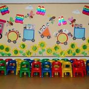 幼儿园简约风格黑板装饰