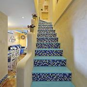 浅蓝色楼梯装饰