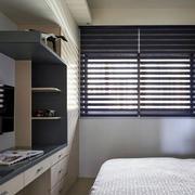 三室一厅简约风格卧室置物架装饰