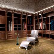 欧式深色系原木衣柜装饰