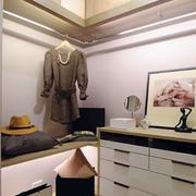 三室一厅简约风格衣帽间装饰