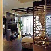 复式楼简约风格客厅隔断装饰