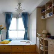卧室原木榻榻米装饰