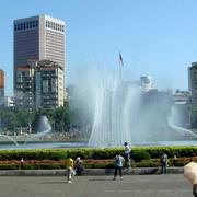 大型公园喷泉效果图