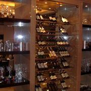 大型酒窖酒柜设计