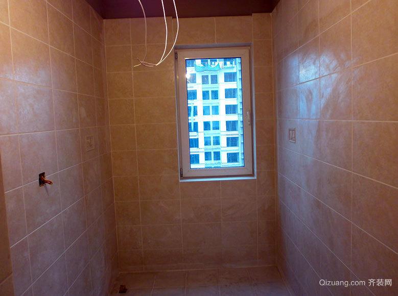 大户型优雅卫生间地砖贴图装修效果图