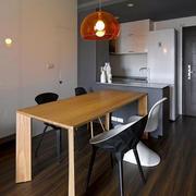 单身公寓后现代风格简约餐桌装饰
