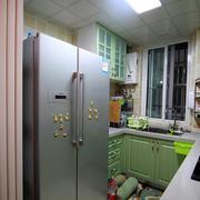 小户型简约厨房吊顶装饰
