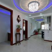 三室一厅玄关圆形吊顶装饰