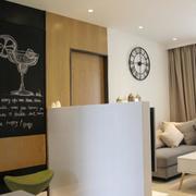 小户型简约风格客厅飘窗装饰
