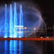 城市花园喷泉效果图