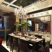 三室一厅餐厅背景墙装饰