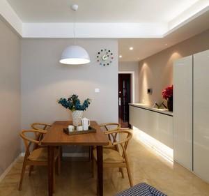 国际范儿:68平米温馨清新北欧混搭两室一厅装修效果图
