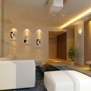 欧式风格家庭客厅灯饰装修