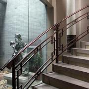 简约风格四合院楼梯扶手装饰