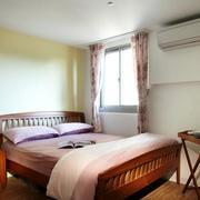 现代家装卧室窗户装饰
