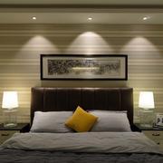 公寓卧室床头灯饰装饰