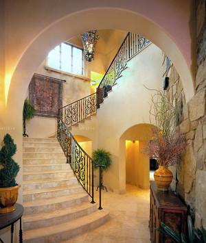 精致豪华复式楼铁艺楼梯扶手装修效果图鉴赏