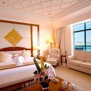 海景房简约风格卧室床头背景墙装饰