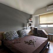两室一厅卧室床头灯饰设计