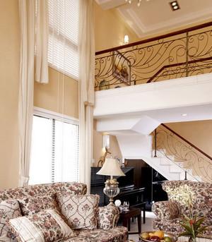 欧式简约风格铁艺楼梯装饰