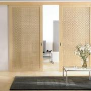 日式简约风格原木室内门装饰