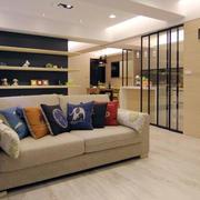 混搭风格客厅玻璃隔断装饰