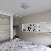 小户型欧式卧室置物架装饰