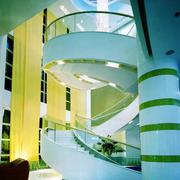 大型写字楼螺旋式楼梯