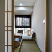 两室一厅榻榻米房窗户装饰