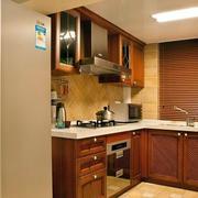 美式简约原木色厨房效果图