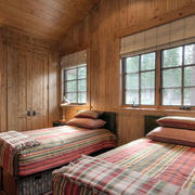 美式简约风格木制卧室双人床装饰