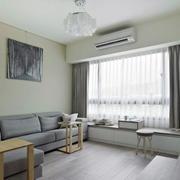 简约风格客厅浅色家具装饰