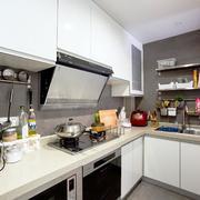 小户型简约厨房设计