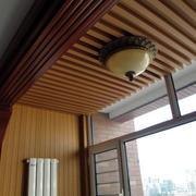 深色原木阳台吊顶装饰