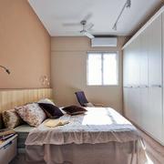 商品房卧室床头灯饰装饰